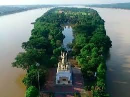Pulau Kumala, wisata di tengah Sungai Mahakam