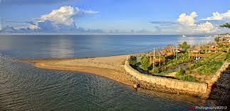 Pantai Tanjung Maleo