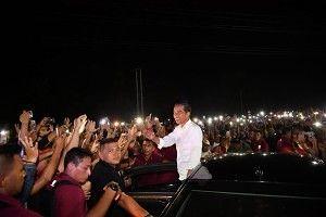 Hanya di Indonesia, Presiden Lewat Dicegat di Tengah Jalan